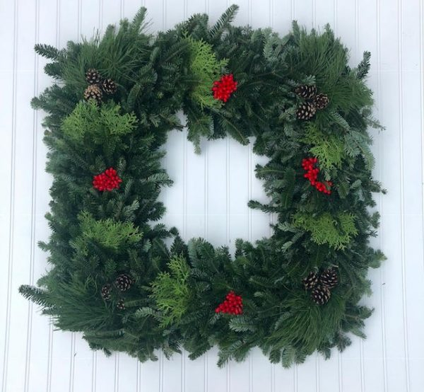 Fraser Mix Wreath Square
